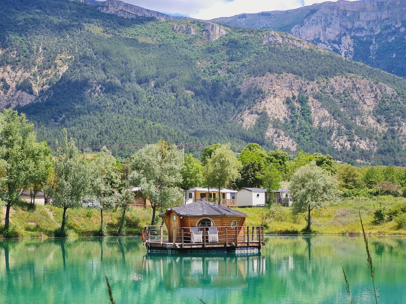 Zenzilot camping vercors drome piscine chauffée lac (5)