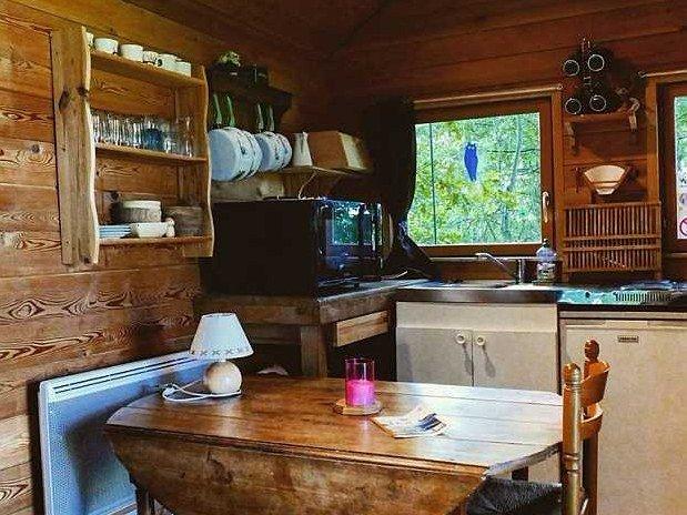gite-lac-du-der-cuisine-cabane-perchée