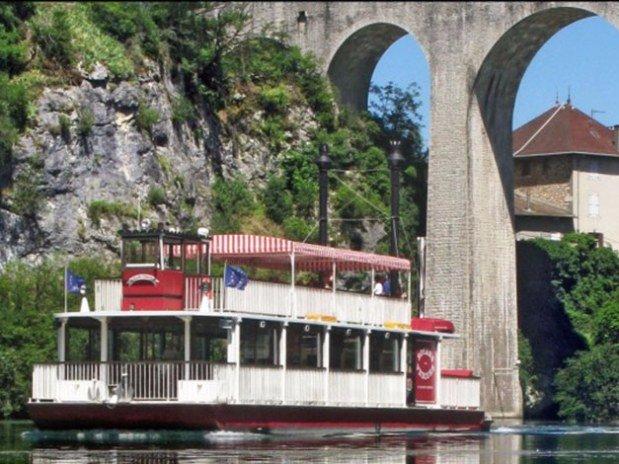 hotel-dans-le-Vercors-balade-bateau