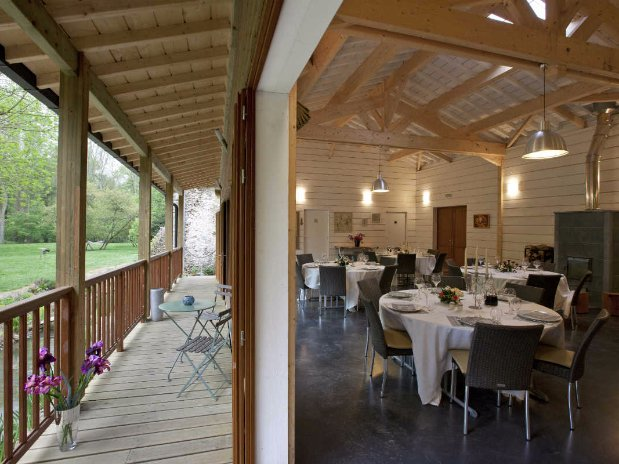 pavillon des iris-buffet-seminar-venue-banquet-moulin de lonceux-eure et loir-prices