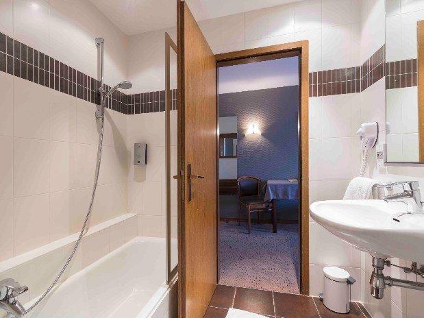 hotel-restaurant-spa-etoile-alsace-chambre-triple-confort