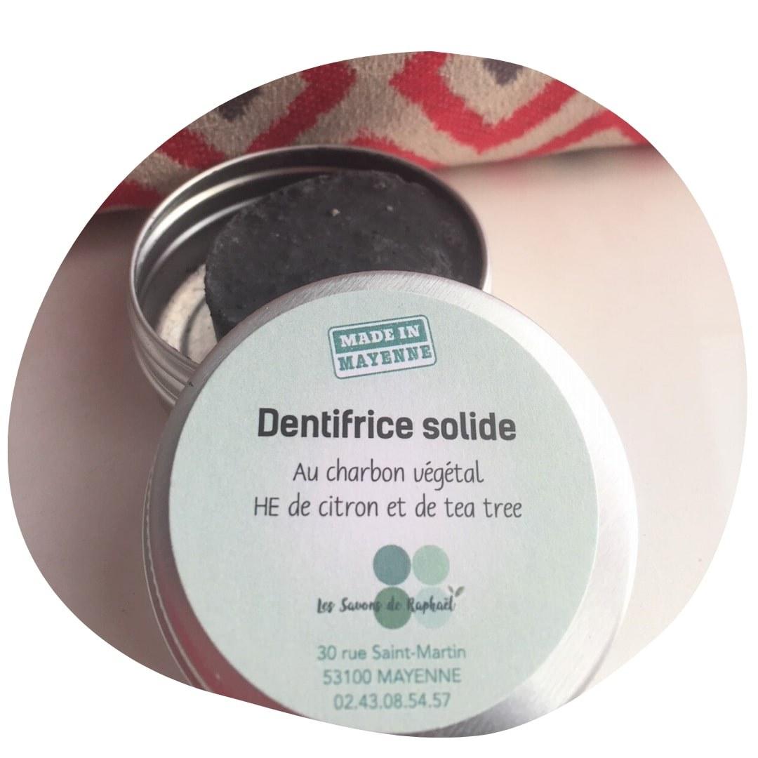 dentifrice solide au charbon végétal les savons de Raphaël, en Mayenne, savon bio artisanaux, shampoing,  baumes, déodorants, et dentifrices