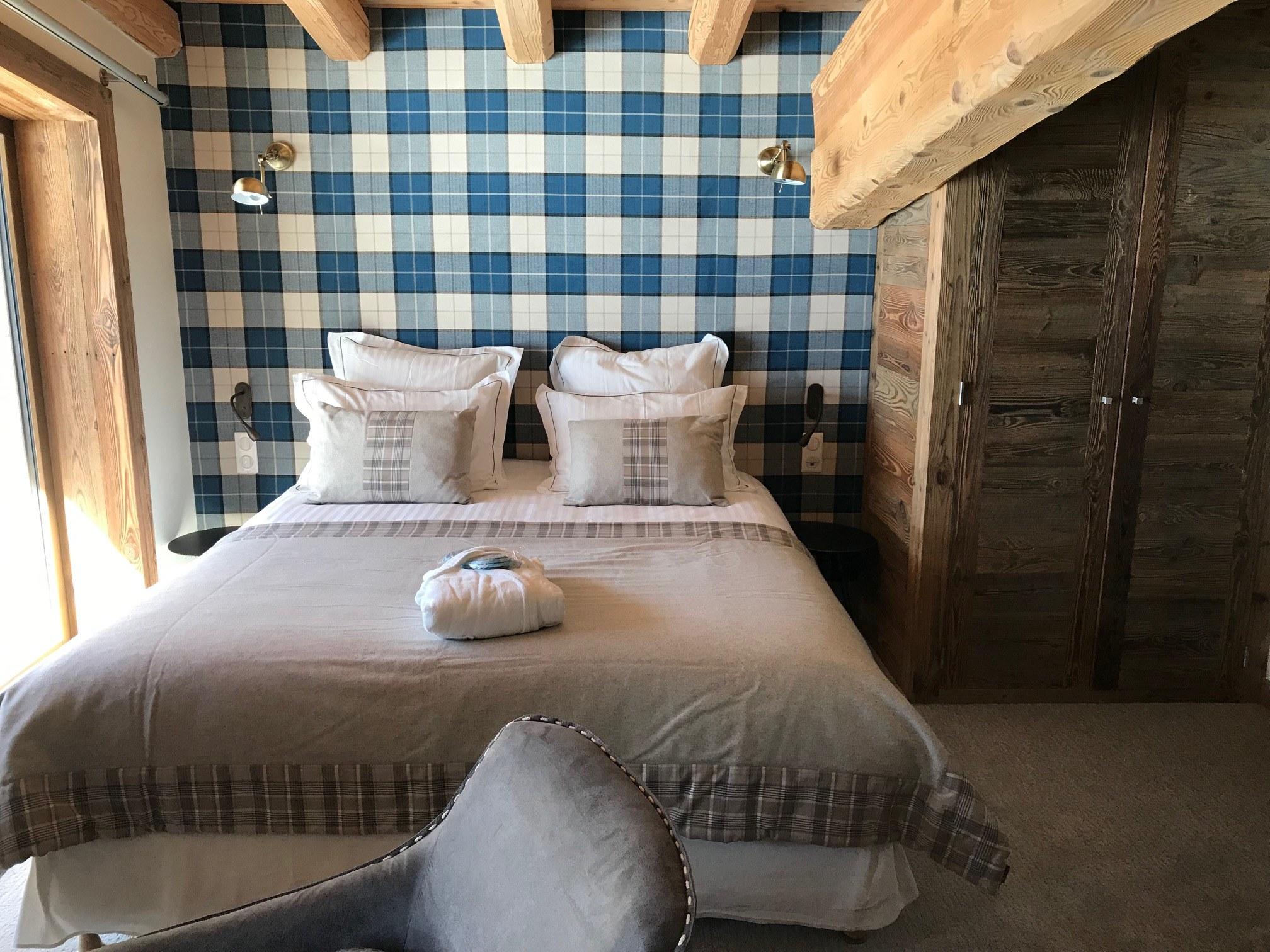 chambre-deluxe-thalia-hotel-bas-des-pistes-val-isere