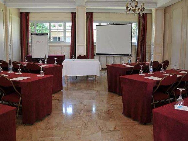 Presentation-Séminaire-Hotel-Spa-Restaurant-Maison-Tirel-Guerin