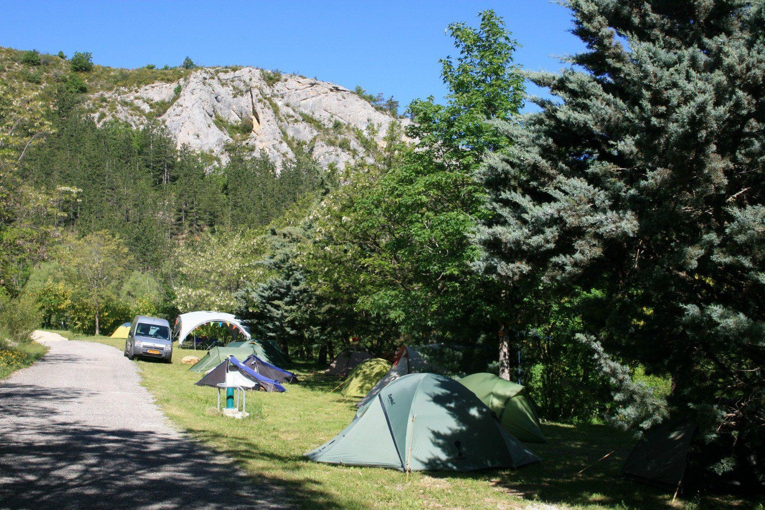 emplacements nature camping escalade orpierre Hautes-Alpes