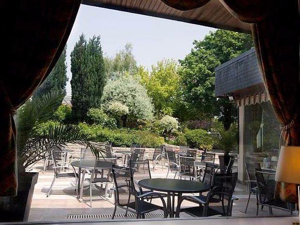 Maison-Tirel-Guerin-terrasse