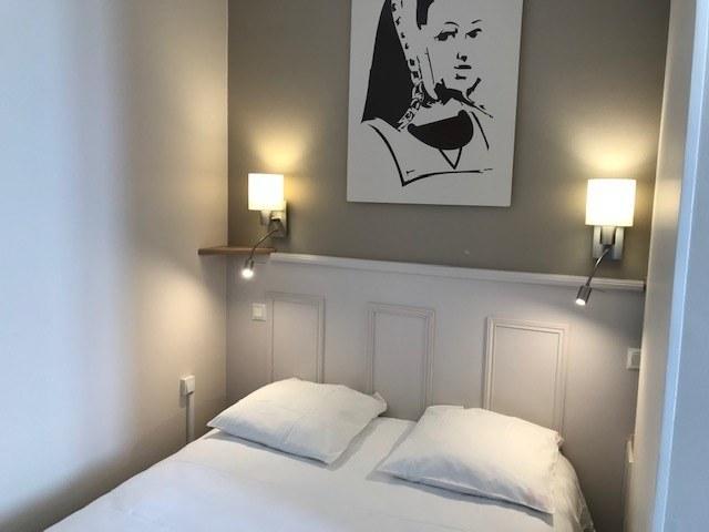 hotel-anne-de-bretagne-blois-centre ville-chambre-double-standard-belle-vue-calme