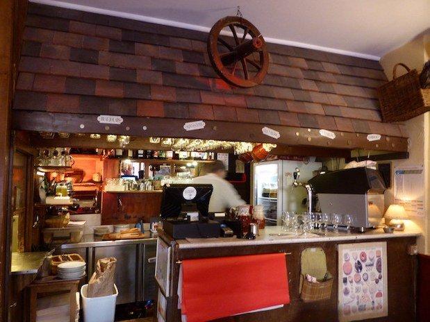 restaurant Saint Michel Paris bar