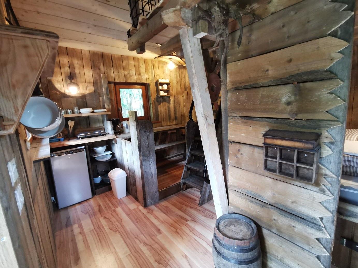 cabane bateau salon
