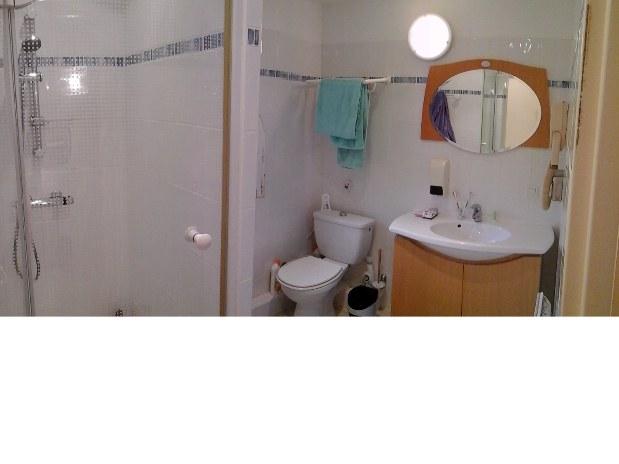 Salle de bain-gîte de france-var-saint raphael-fréjus-provence-location appartement meublé