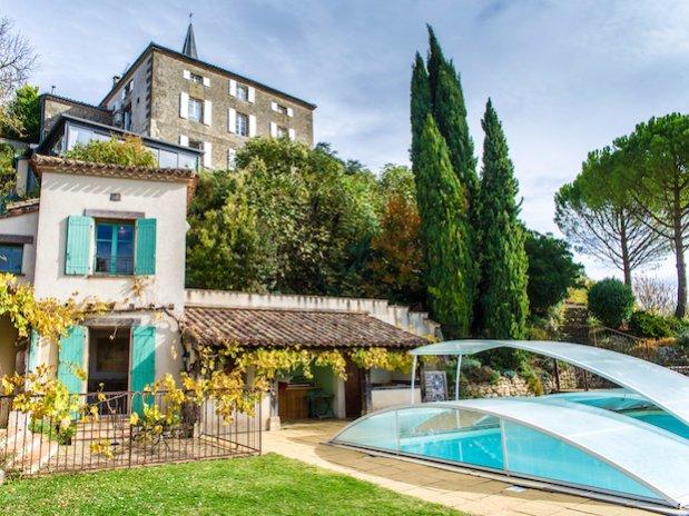 Cuq en Terrasses piscine
