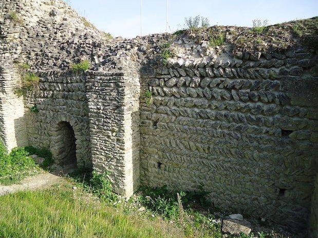 ruines château Ivry-la-Bataille