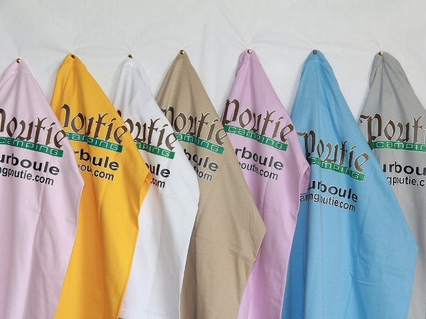 camping poutie - tshirt