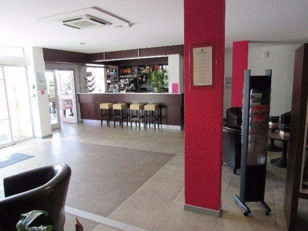 BAR HOTEL DE LA LOIRE 1