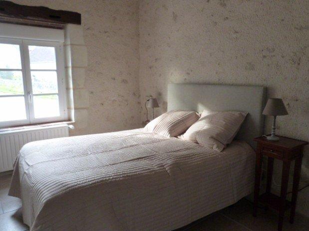 chambre rez-de-chaussée gîte moulin val orquaire Touraine