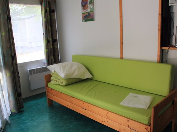 CAMPING L OLIVIER - JUNAS - SOMMIERES - NIMES - CAMARGUE