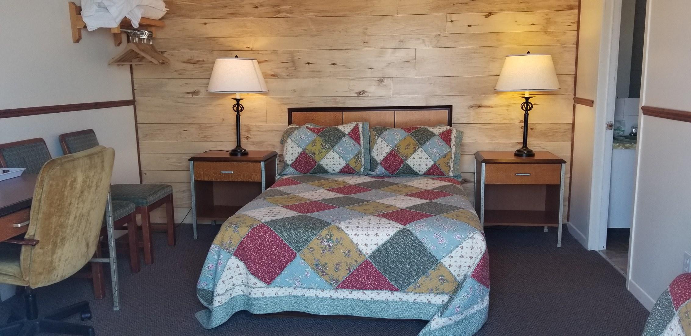 motel-chalet-st-simeon-charlevoix-chambre