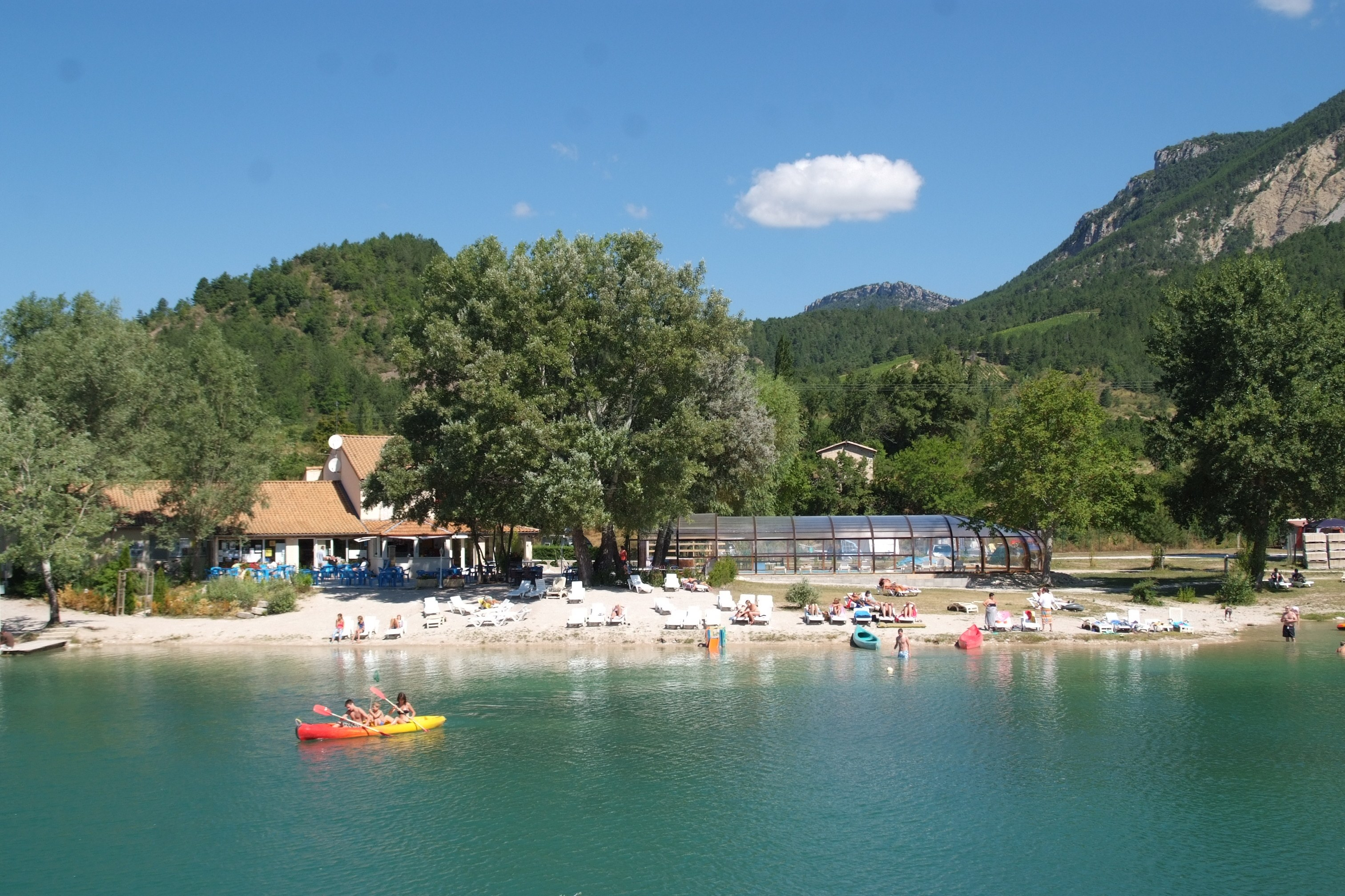 vue lac piscine