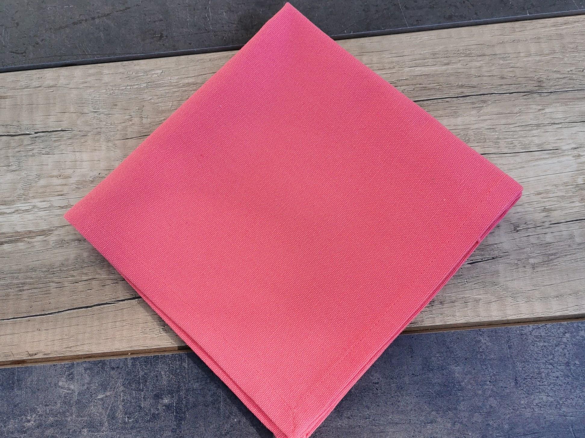 serviette de table fuschia couleurs d'hélène