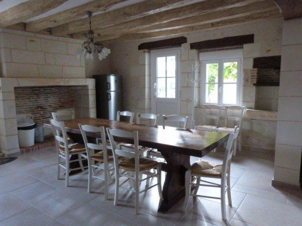 salle à manger gîte moulin val orquaire Touraine