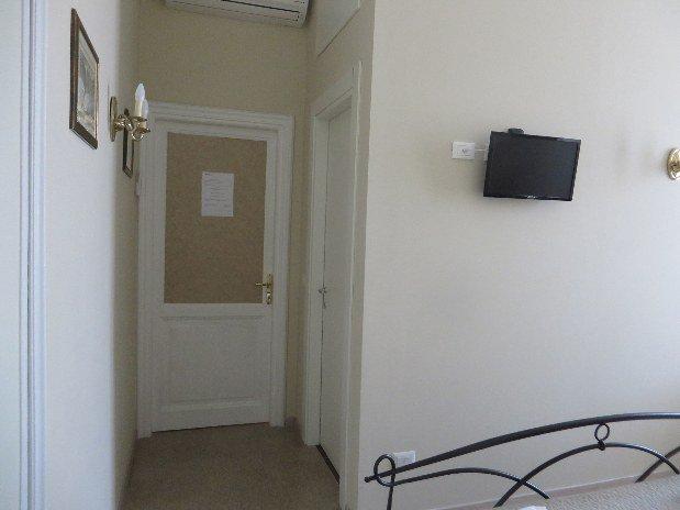 Entrata Camera Matrimoniale Mary's Place