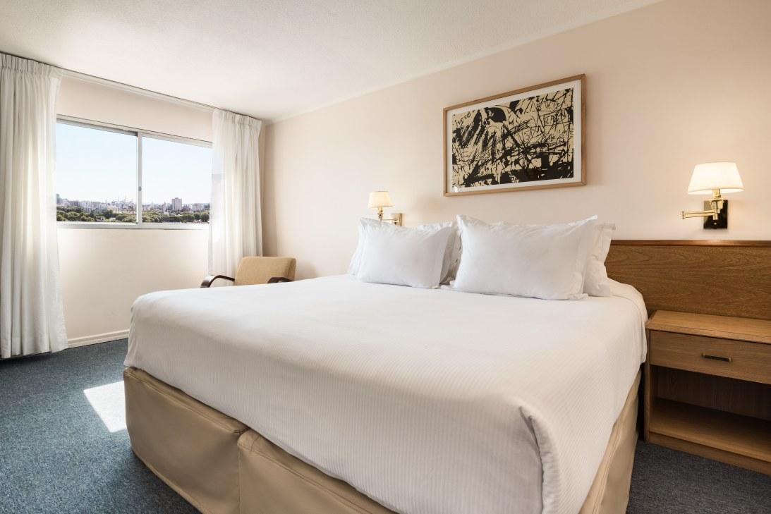 Habitación Suite - Days Inn Montevideo