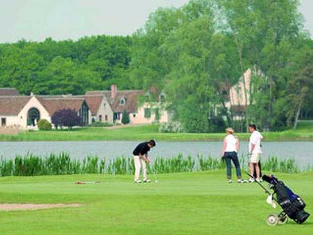 hotel-blois-centre-anne-de-bretagne-golf-nature