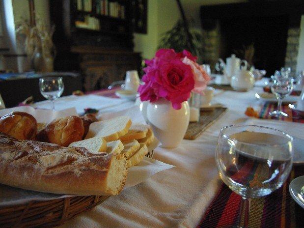 Petit déjeuner chambres d'hôte LE Clos Joli