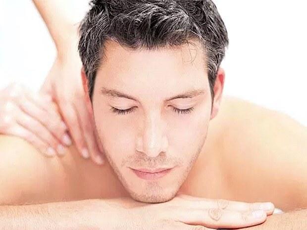 epilation-au-fil-paris-chatelet-les-halles-homme-visage-massage-main