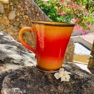 028-Mug jaune flammé rouge