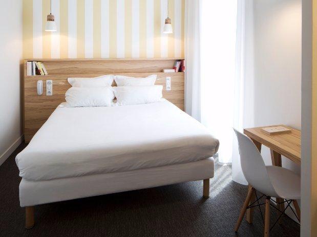 robert guets room  hotel marin