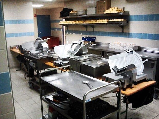 Cuisine service l-escale traiteur bourgogne clermont ferrand