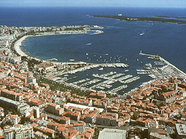 Cannes-proche chambres d'hotes-saint raphael-fréjus-appartement location