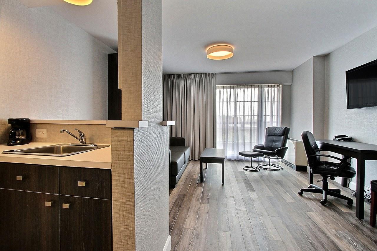 Hotel-boulevard-laurier-quebec-suite-une-chambre-cuisinette