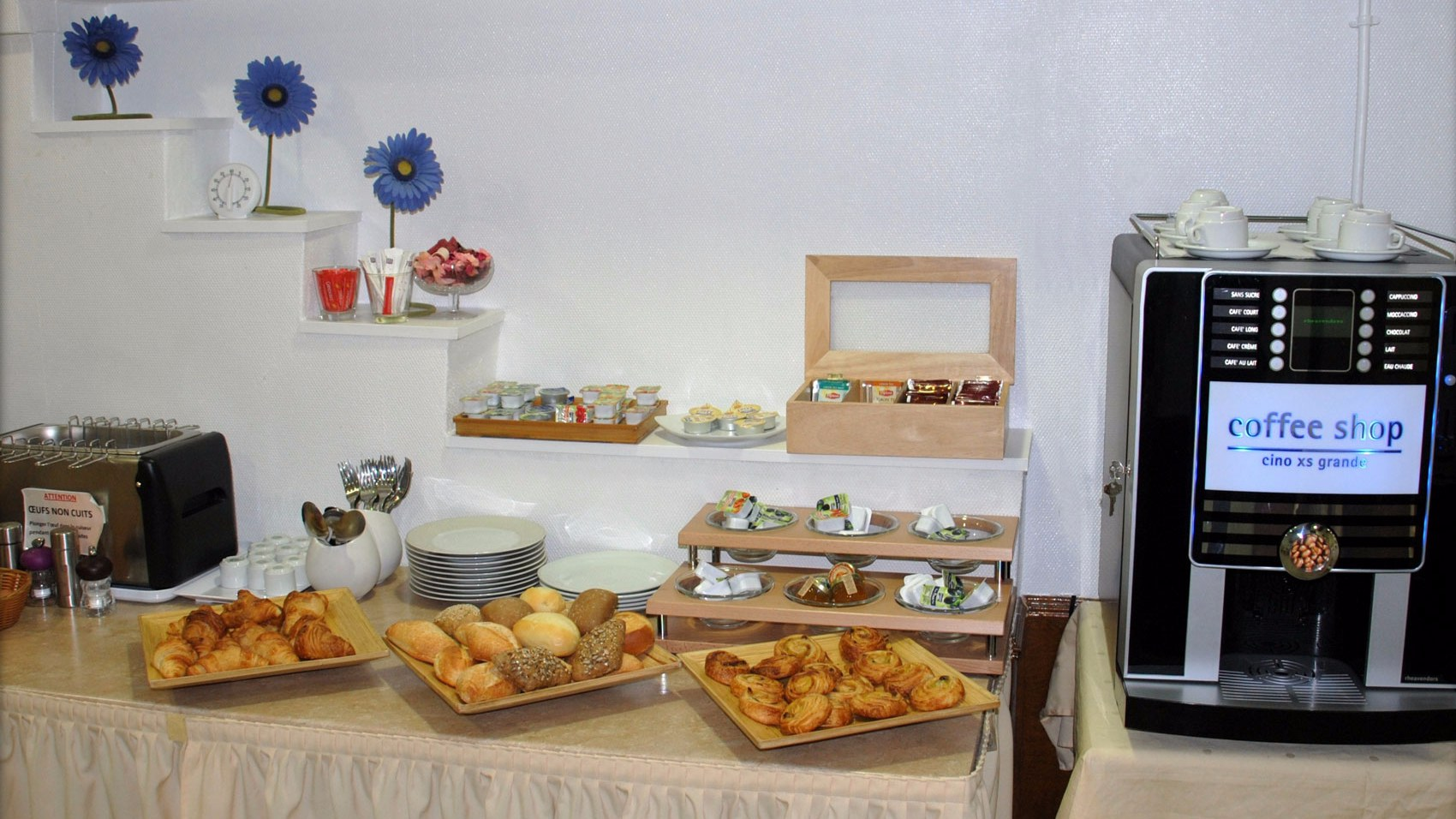 Petit déjeuner Hotel Crimée