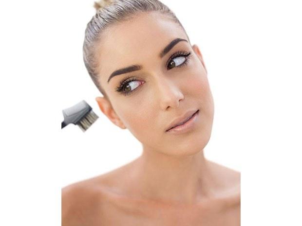 maquillage-permanent-paris-pour-les-sourcils