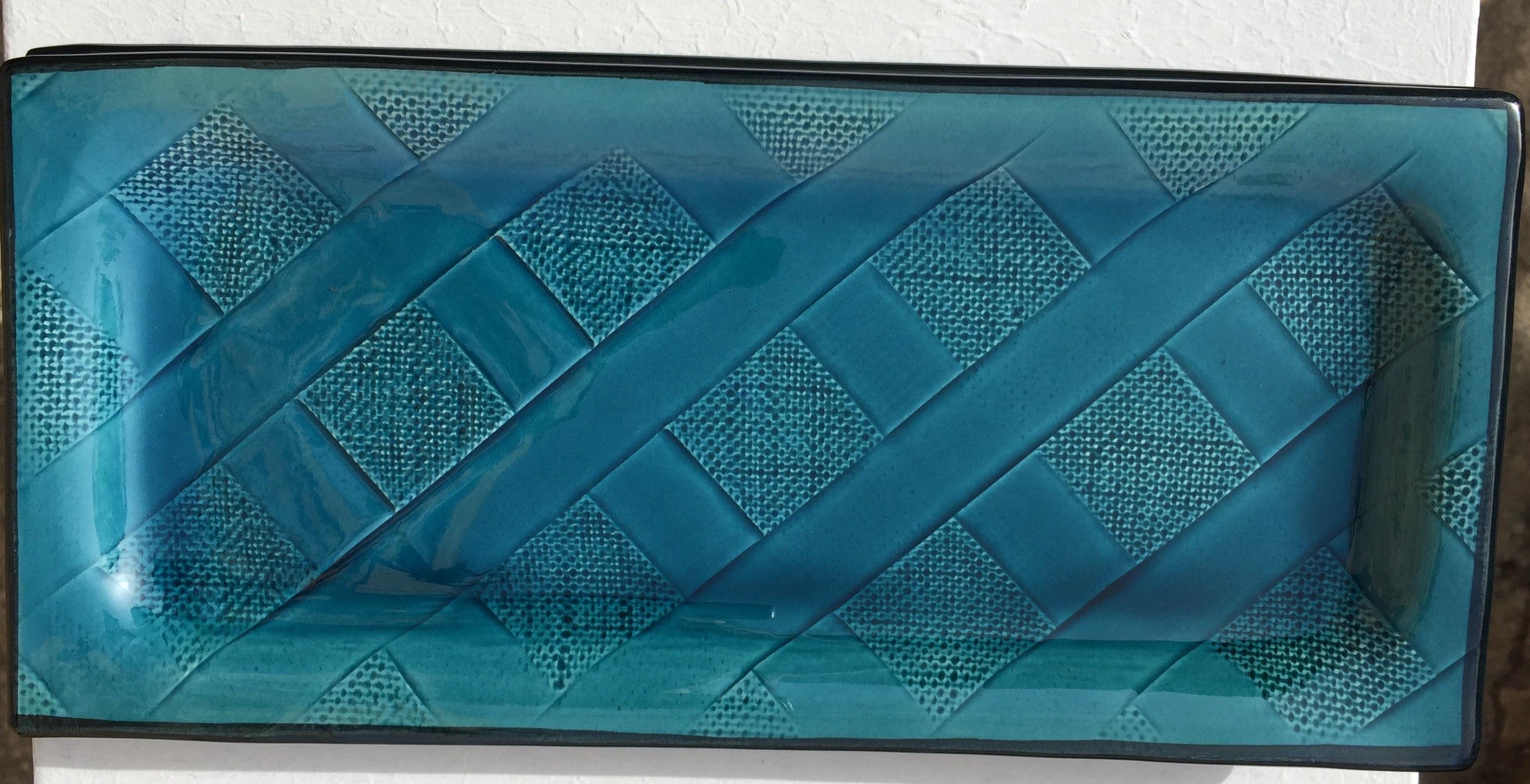 plat à cake faience bleu decors geometrique