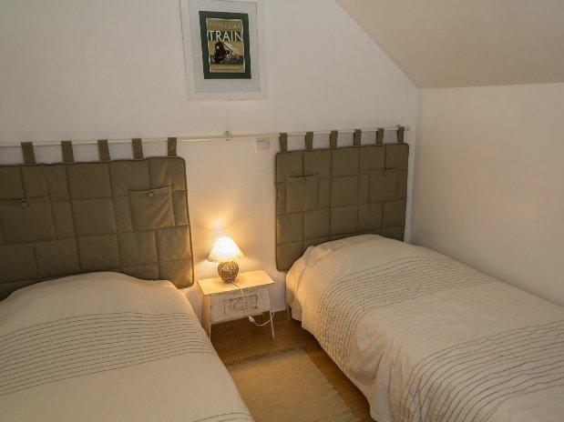 Chambre lit simples 1er étage gîte