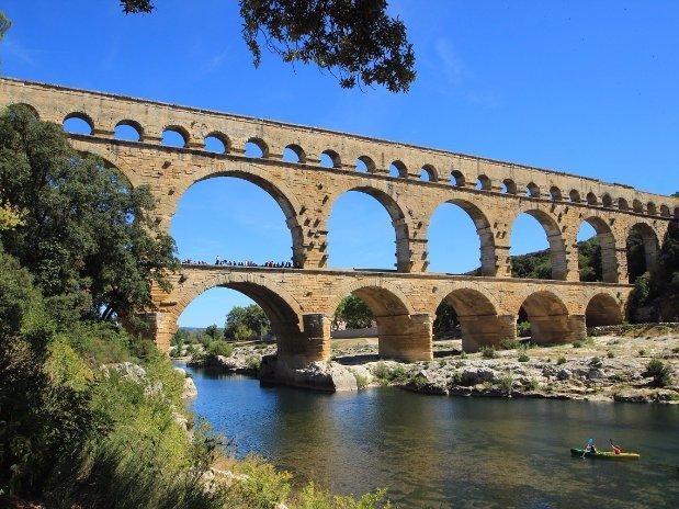 Le pont du gard - camping l'olivier - nimes