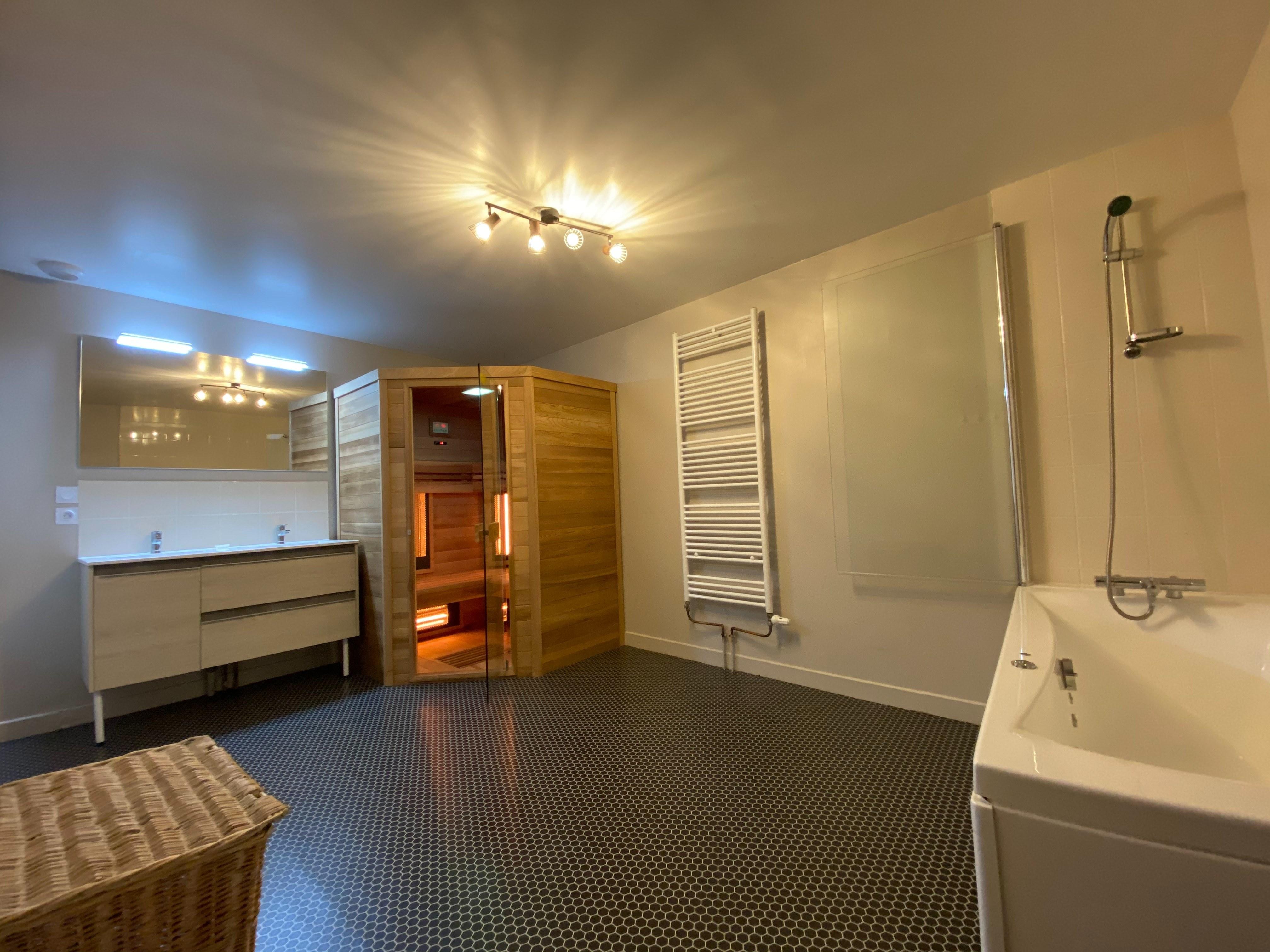 gite-hautvillers-miellerie-salle de bains