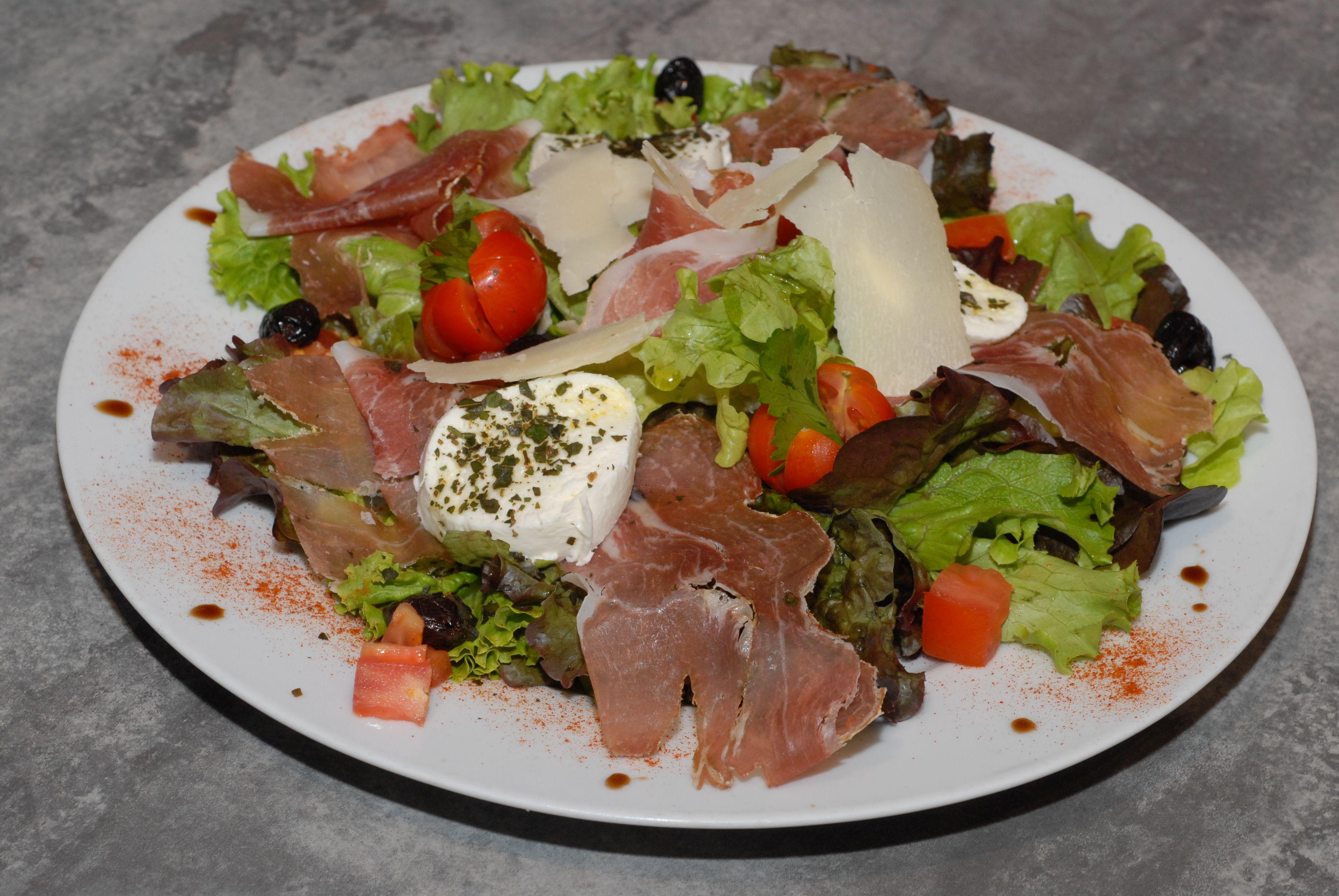 restaurant-pizzeria-echirolles-salade