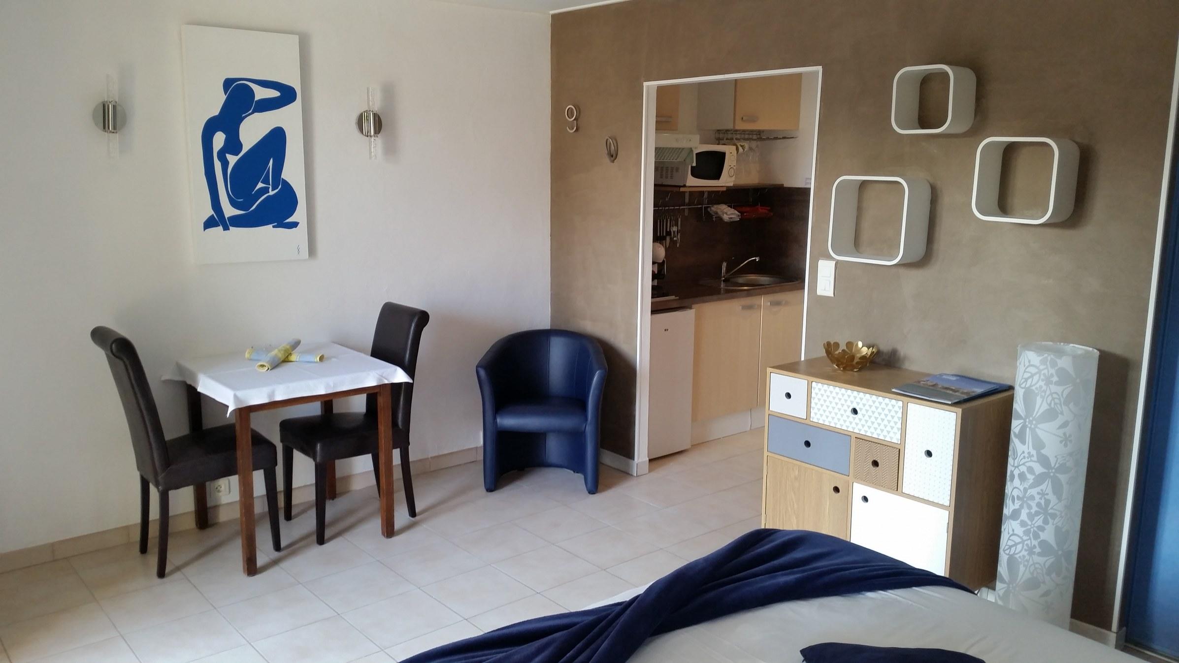 Room Matisse_guest_house_St-Raphael_fréjus_var