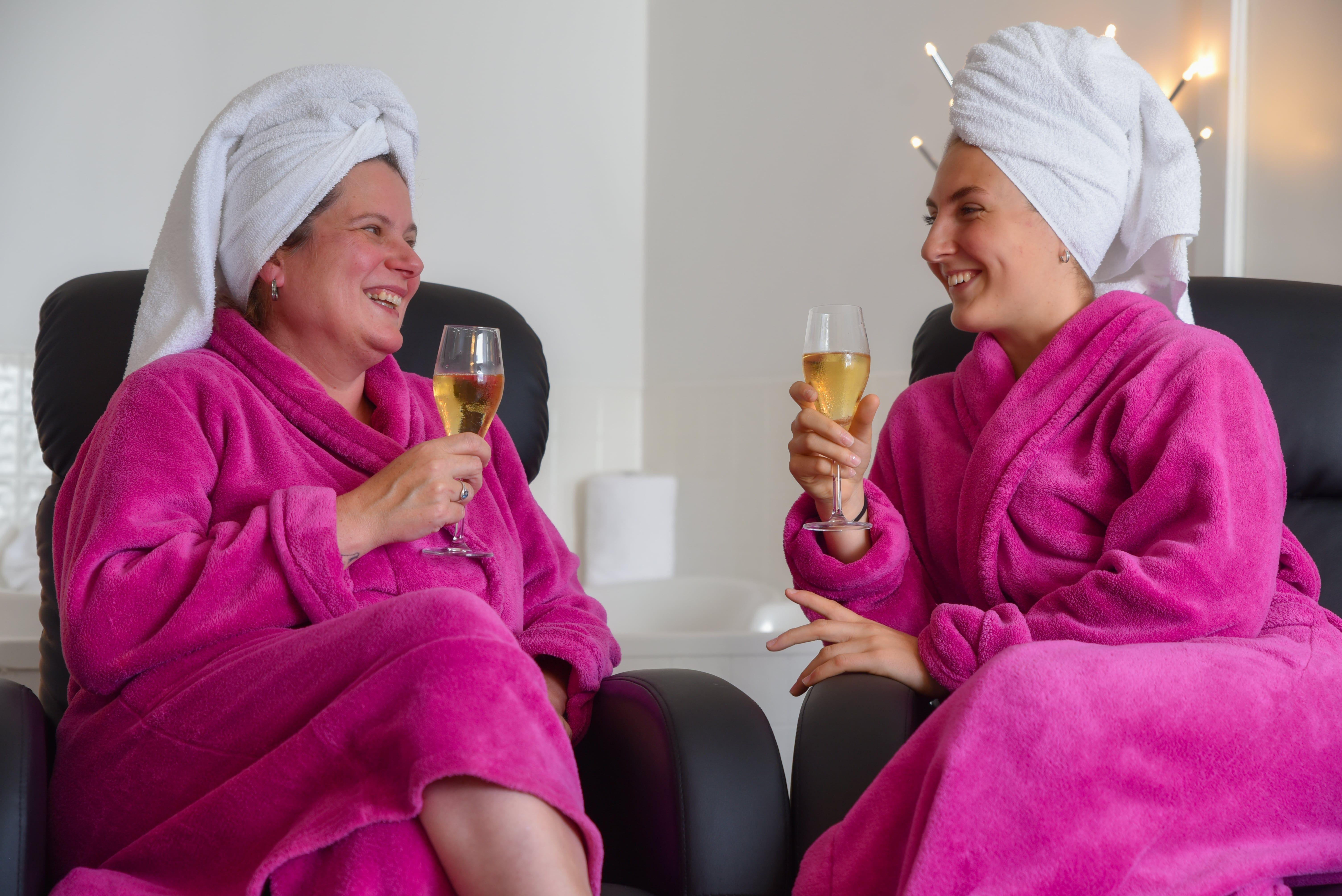 hotel-spa-laurentides-forfaits-piscine-intérieure-9