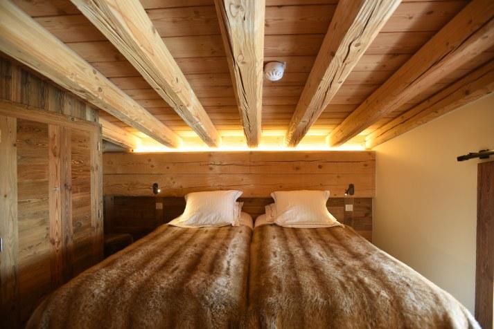 hotel-spa-val-isere-grande-suite-duplex-lit