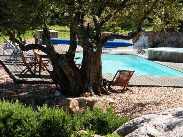 chambre-d-hote-de-luxe-piscine