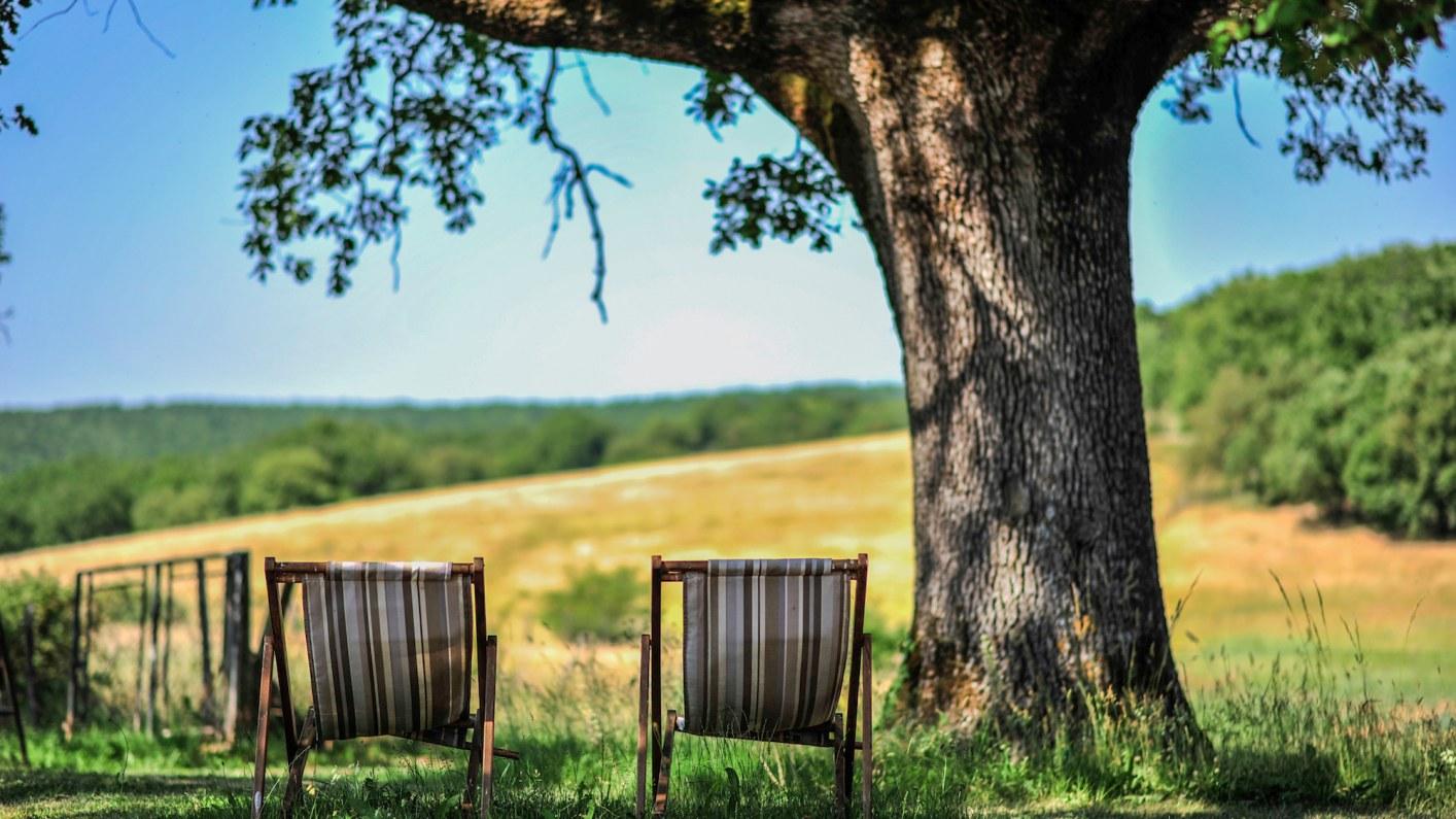 Domaine de Bel-air Chaises Longues relax dans le Lot