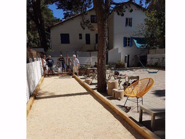 villa-bettina-la-baule-ussim-vacances-exterieur-petanque