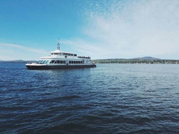 auberge-spa-orford-velo-bateau-memphrémagog