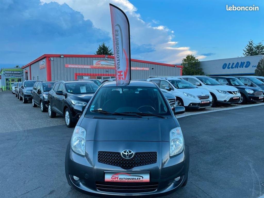 Toyota Yaris 1.4D4-D 90CV