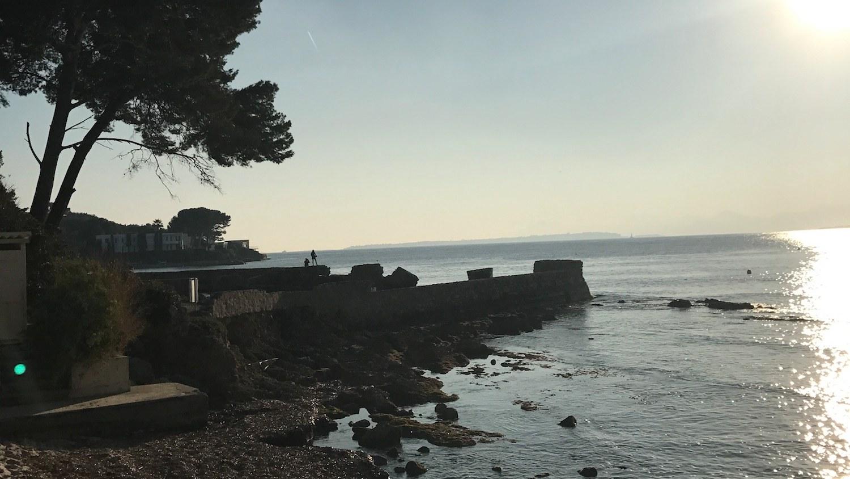 Vue sur la mer Juan les Pins Antibes Cote d'Azur
